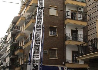 escaleras montamuebles alquiler
